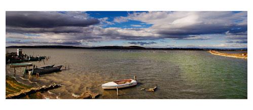 L'étang de l'Arnel depuis les cabanes de Maguelone. Carte postale panoramique 10x23 cm - Photographe: Marianne Raous