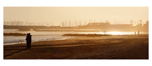 Palavas - La Plage, le port et le transcanal. Carte postale panoramique 10x23 cm - Photographe: Marianne Raous