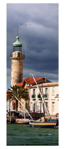 Le Grau du Roi, Le vieux phare - Carte Postale panoramique 10x23. Photographe Marianne Raous