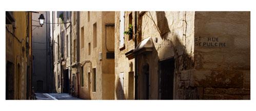 Montpellier, Rue du Saint Sépulcre - Carte Postale panoramique 10x23. Photographe Marianne Raous